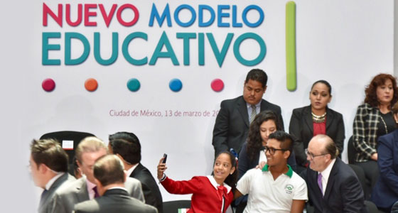 La Reforma Educativa camina y empieza a dar frutos: Graco
